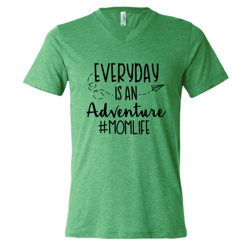 ADVENTURE #MOMLIFE UNISEX GREEN TEE