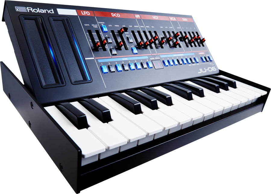 Roland Boutique Series Juno JU-06 Synthesizer