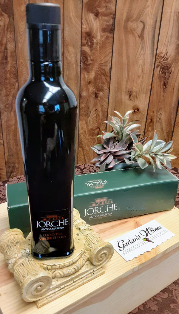Extra Virgin Olive Oil included in each wine gift basket
