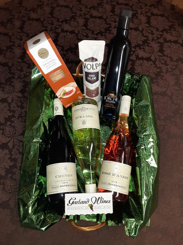 3 wine bottle and olive oil Gift Basket - California