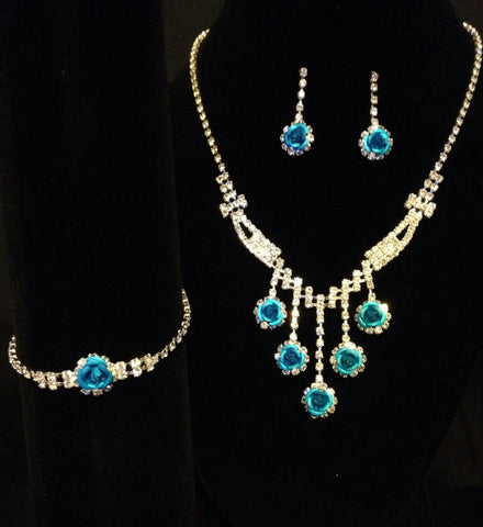 Formal Rhinestone And Flower Necklace Set - All That Glitters - 1