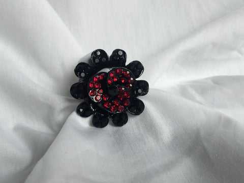 Stretch Flower Ring - All That Glitters - 3