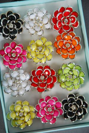 Acrylic Flower Cluster Rings - All That Glitters