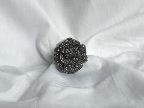 Stretch Flower Ring - All That Glitters