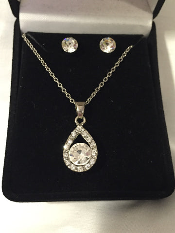 Crystal Teardrop Necklace Set - All That Glitters - 1