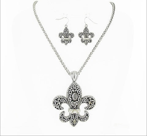 Fleur De Lis Necklace Set - All That Glitters