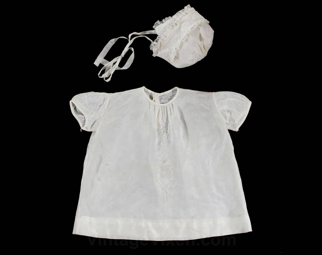 1950s Girl's White Baby Dress & Bonnet - Size Newborn to 3 Months - Infants Spring Summer 50s Child's Layette Outfit - Sweet Embroidery