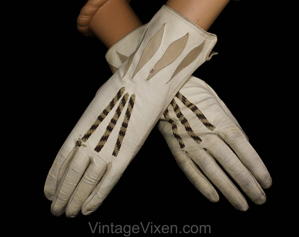 As Is 1950s Taupe Leather Gloves with Diamond Accents - Pair Beige 50s Gloves - Two Tone Brown Details - Best For Costume or Display - 50305