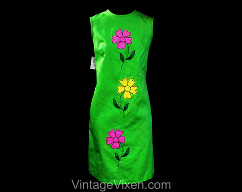Size 8 1960s Summer Dress - Lime Green Cotton Sleeveless Sheath with Pink & Yellow Daisy Flower Appliques - Bright and Sunny - Bust 36