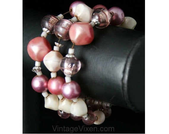 50s Lilac Art Glass & Pearls Coil Bracelet - Spring - 50's Purple Jewelry - Femme 1950s Rockabilly Chic - Pastel Lavender Beads - 38397-1