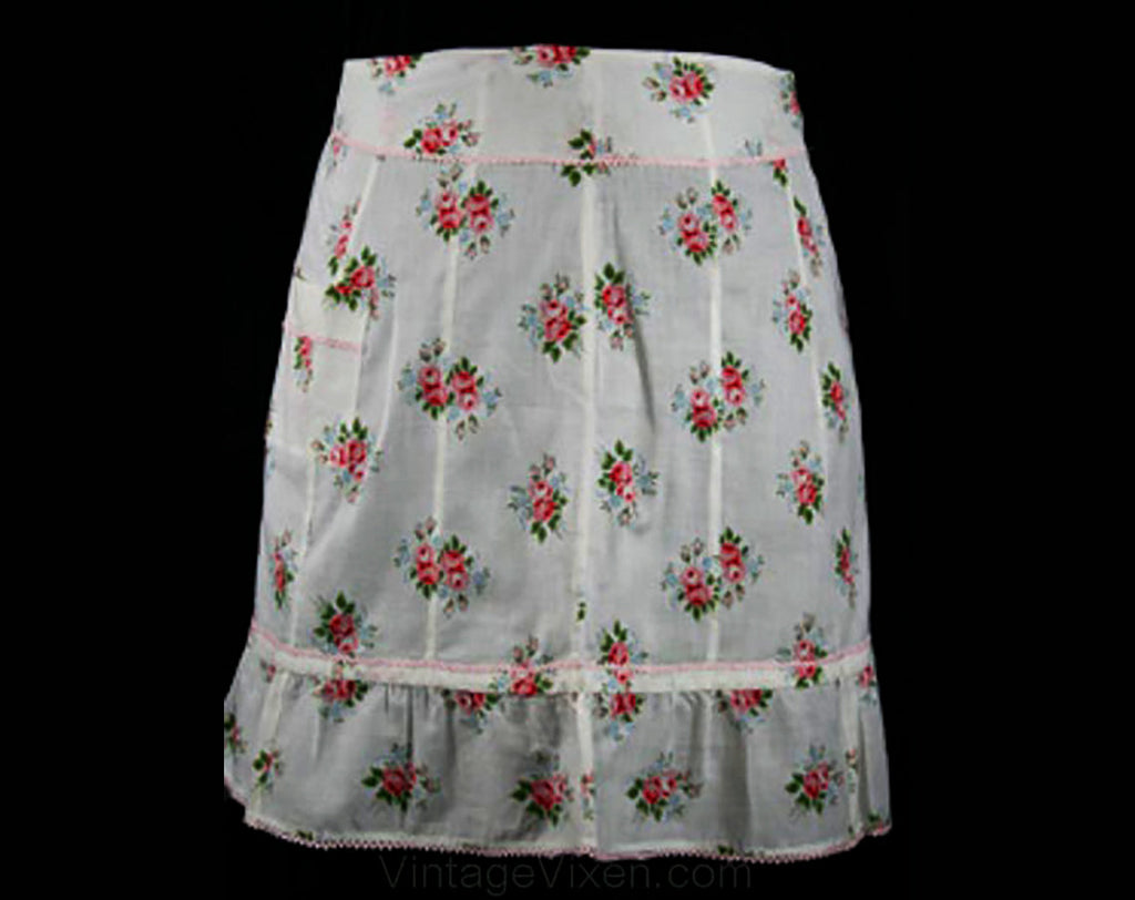 1950s Vintage Cottage Chic Roses Apron - Apron - Half Apron - Size 8 to 10 - Mint Condition - A-Line - Rick-Rack Trim - Ruffle Hem - 30469-1