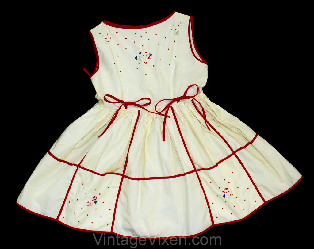 5T Girl's 1950s Sun Dress - 50s Red & White Girls Summer Frock with Full Skirt - Charming Embroidered Wild Flowers and Polka Dots - Size 5