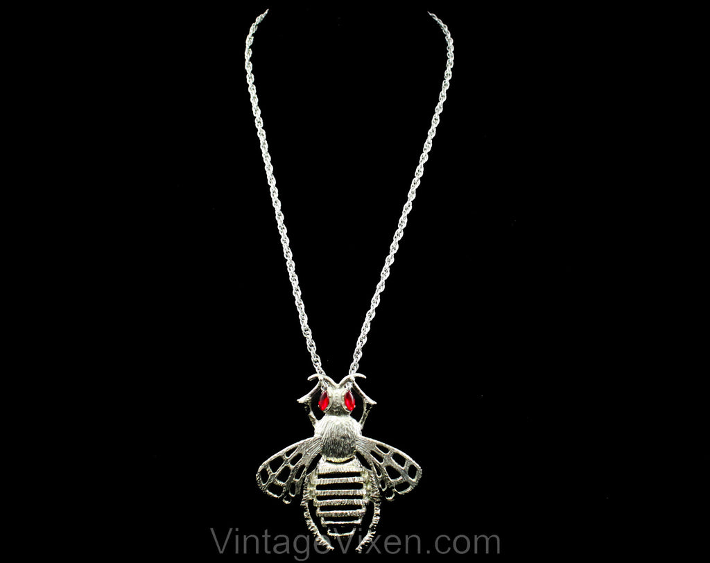 70s Pendant Necklace - Novelty Bee Insect Design with Jointed Moveable Parts - Silver Hue Metal Wasp - 1970s Big Bug with Ruby Rhinestones