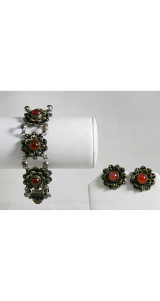 Pretty 1940s Silver & Carnelian Daisy Bracelet and Earrings - Made in Italy - New In Box - Demi-Parure - Orange - Deadstock - 40244