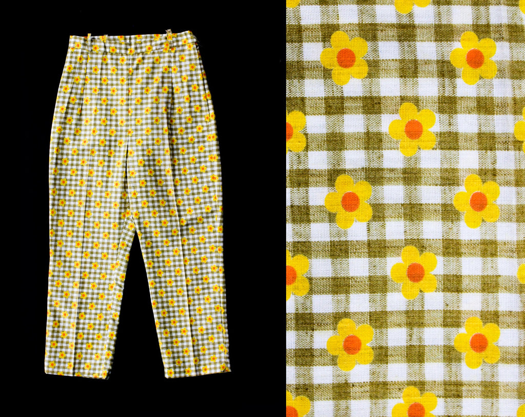 Child Size 8 to 10 Daisy Print 1960s Pant - Juniors Cotton Gingham Pedal Pusher Capris - 60s Slim Brown Checks - NWT Deadstock - Waist 22