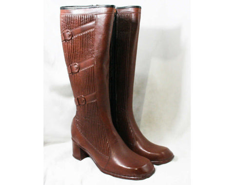 Size 7 Trompe L'Oeil 60s Boots - Brown Waterproof Rubber - Sophisticated 1960s - Faux Buckles - Fleece Lined - Unworn - Deadstock - 43295-10