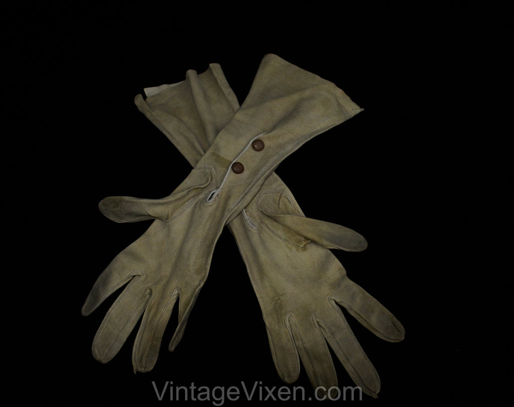 1930s Leather Gloves - Taupe Light Brown Suede 30s Pair of Gloves with Classic Stitched Points - Early Plastic Snaps At Wrist - 50306