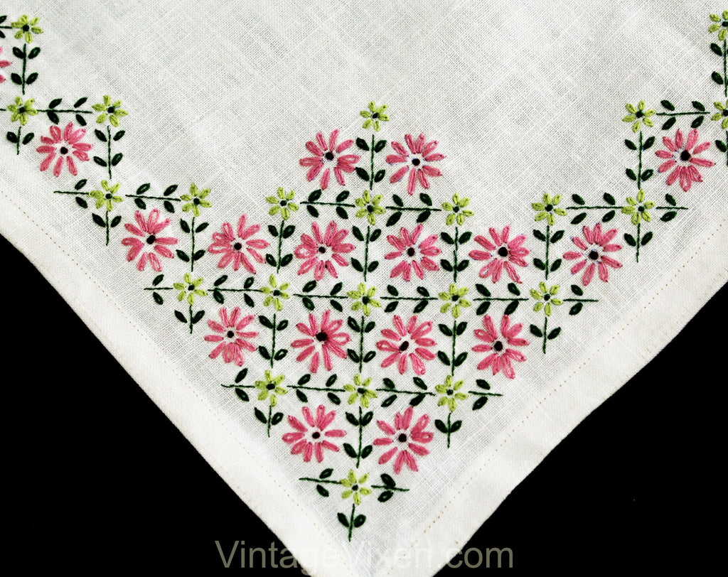 Pink & White Daisy Tablecloth - Heavy Linen High Quality with Hand Embroidered Flowers Charming 50s 60s Table Cloth - Green Lattice Leaves