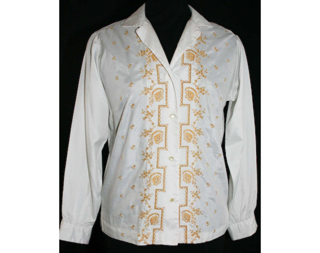 Size 10 60s Shirt - Early 1960s White Tailored Top with Goldenrod Yellow Embroidery - Secretary - 60s Lady Manhattan - Bust 41.5 - 31751