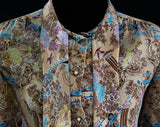 Size 10 Asian Scenes 1970s Office Blouse - Eastern Pagodas & Peacocks Novelty Print Shirt - Water Gardens - Beige Purple Teal - Bust 40.5