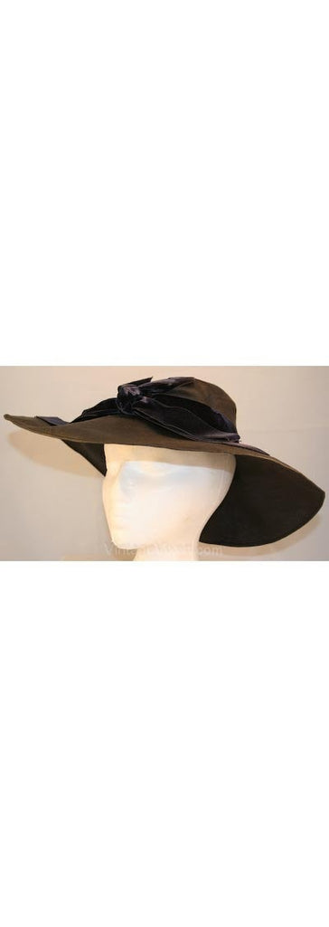 1930s Hat - Paris Designer Violette Marsan - 30s Charcoal Gray Straw Hat with Midnight Velvet Ribbon - French France - Size 22 - 32284