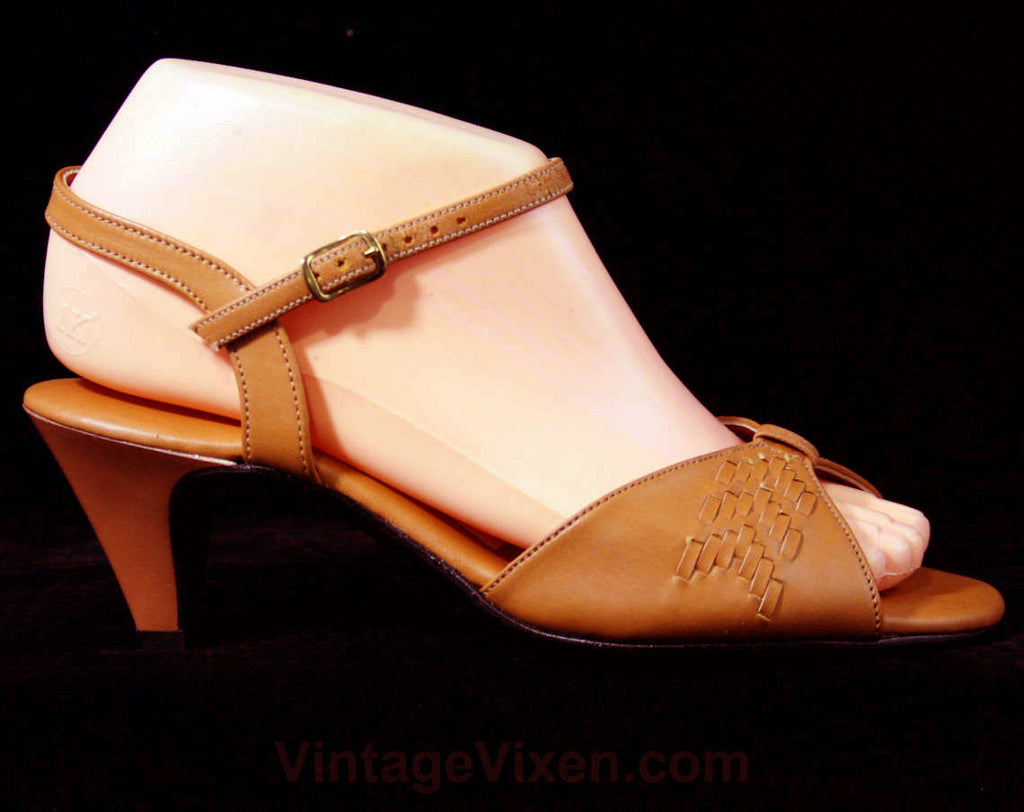 30s Style Sandals - Size 6 W - Tan 1970s Shoes - Woven Deco Strappy Heels - Open Toe 70s Hush Puppies Deadstock - Wide Width - 43253-1