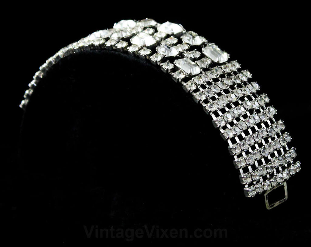 Glam 50s Bracelet - 1950s Clear Rhinestone Formal Evening - Glamorous Movie Star Style Jewelry - 50s Rhinestones Flexible Silvertone Metal