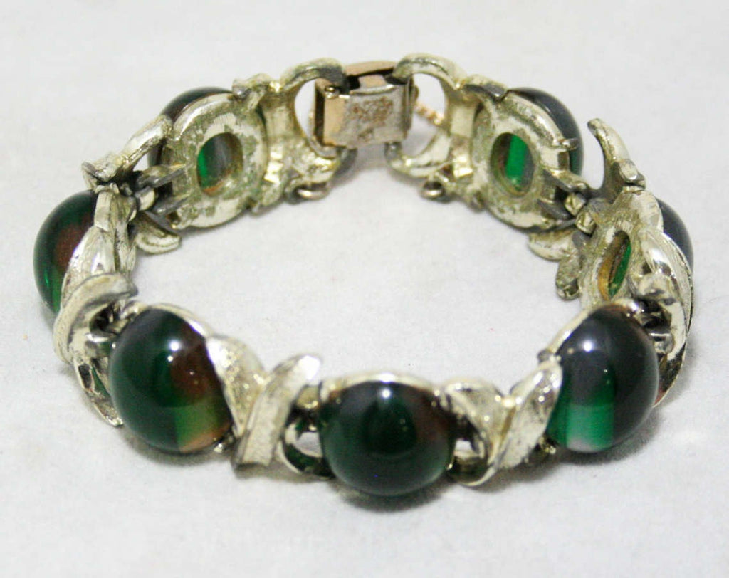 Emerald Green Ovals Bracelet - Subtle Macabre Eyes Eyeball Cabochons - Xs and Os - 1960s Gothic Posh - Silver Metal - Mid Century Jewelry