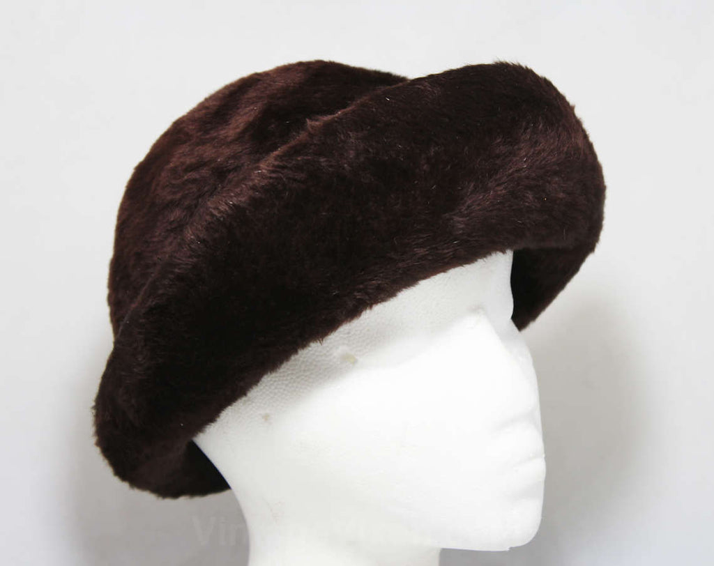 Flapper Inspired Furry Brown Felt Cloche Hat - Close-Fitting 1920s Look Millinery - 1960s Design - Perfect For Fall & Winter - Mint - 45343