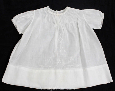 1900s 1910s Infant's Dress - Size 6 Months Baby Frock - White Organdy with Tucks & Tiny Embroidered Daisies - Antique Baby Dress - Hand Sewn