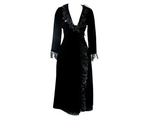 Size 8 1930s Evening Coat - Authentic 30s 40s Velvet Princess Coat with Chantilly Lace Collar & Cuffs - Exquisite Wrap Design - Bust 34.5