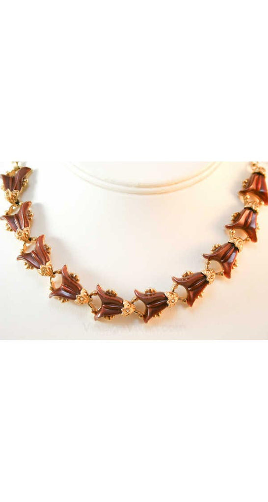 1950s Chocolate Thermoset Flourish Necklace - Fall Brown & Gold 50s Molded Plastic Mid Century Jewelry - Rockabilly Femme 1950's - 38386-1