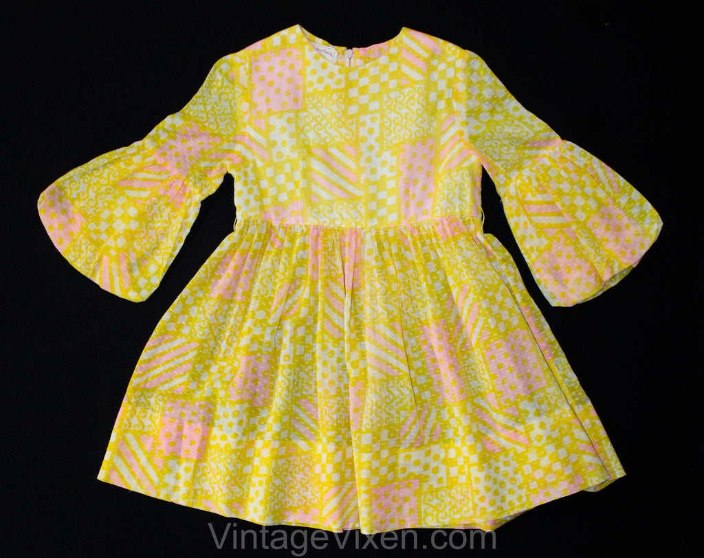 Girl's 4T 5T 1960s Dress - Toddler Girls Summer Frock - Charming Yellow & Pink Dotted Swiss Sheer Cotton with Bubble Sleeves - Chest 24