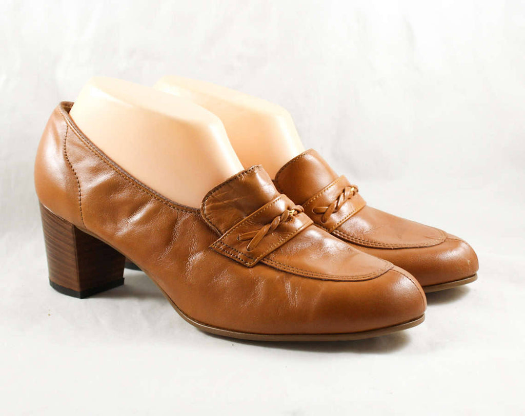 Size 10 1960s Shoes - Caramel Leather Loafers - 60s Brown Shoes - Nice Quality Hipster Chic - Unworn 60's Deadstock - 10 AA Narrow - 47862-2