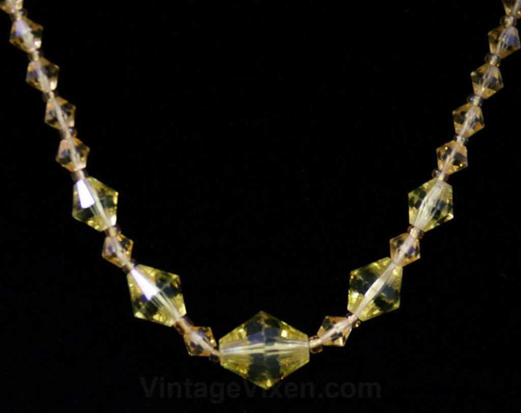 Saffron Glass 1930s Necklace - Goldenrod Yellow Cut Glass Beads - 30s - Deco Era - Glamour - Simple - Pretty - Elegant - 42373