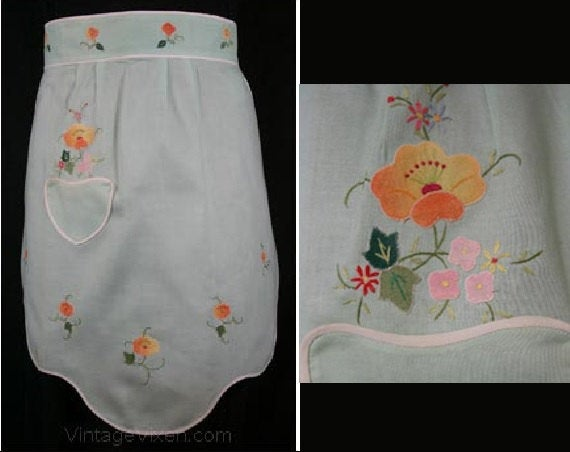 Artisan 1940s Mint Green Linen Apron with Hand Embroidery - 40s Half Apron - Pastel - Hand Stitched - Small Size - Cottage Chic - 30376-1