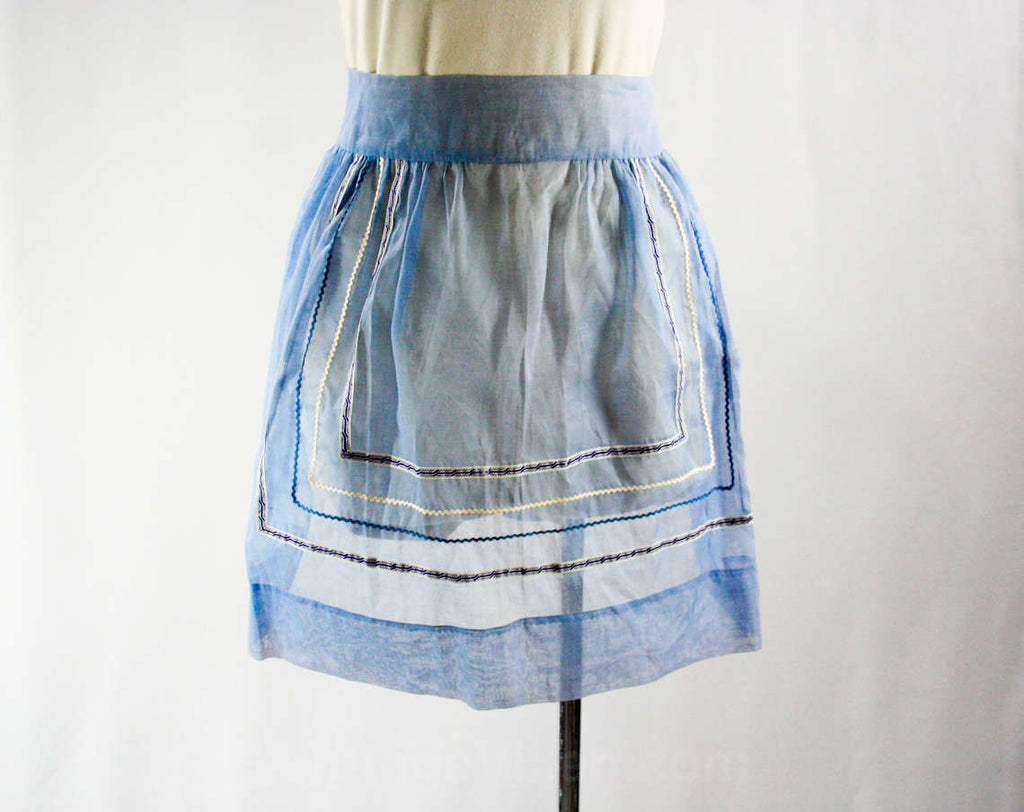 XL 1950s Sheer Blue Apron with Rick-Rack Trim - Size Large XLarge - Waist 30 to 34 - Half Apron - Wedgwood - Cotton Organdy - 43144
