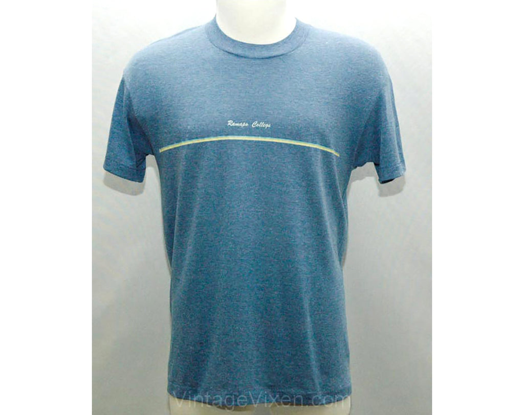 Men's Medium T Shirt - Ramapo College 1970s Vintage Tee - Retro 70s Brindled Blue Cotton T-Shirt - Short Sleeved - Chest 42 - 25415