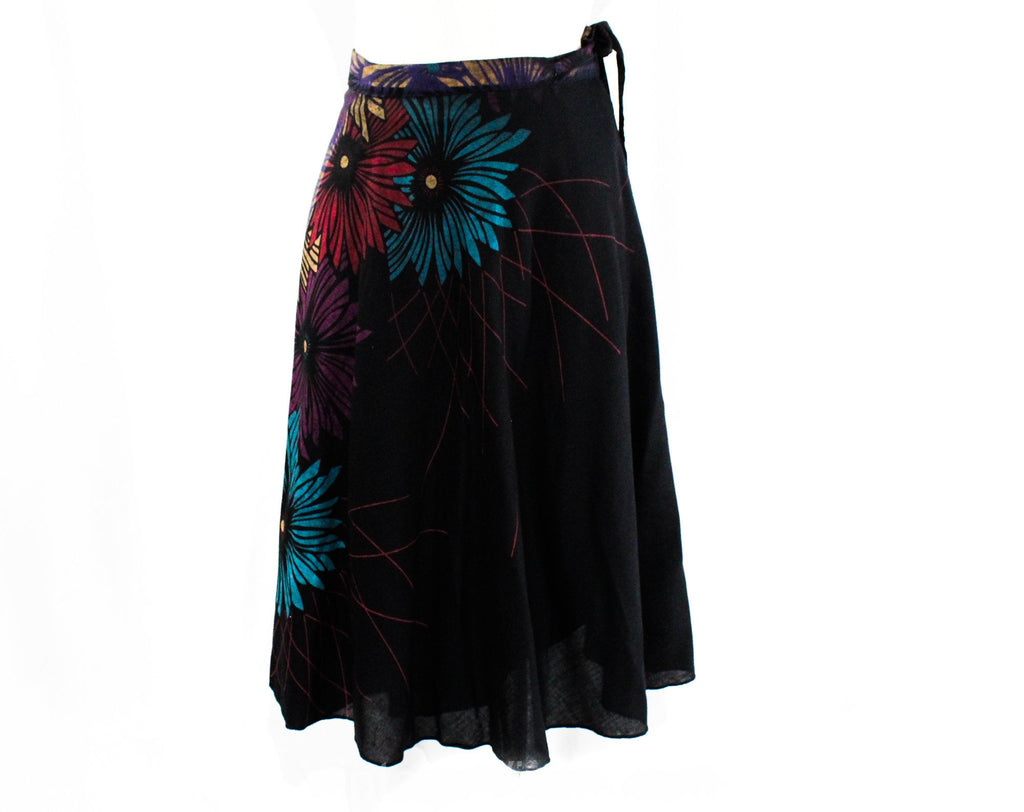 Size 10 1970s Wrap Skirt - Casual 70s Medium Black Jeweltone Deco Floral Cotton - Summer Gypsy - Rouge Turquoise Purple Gold - Waist to 30