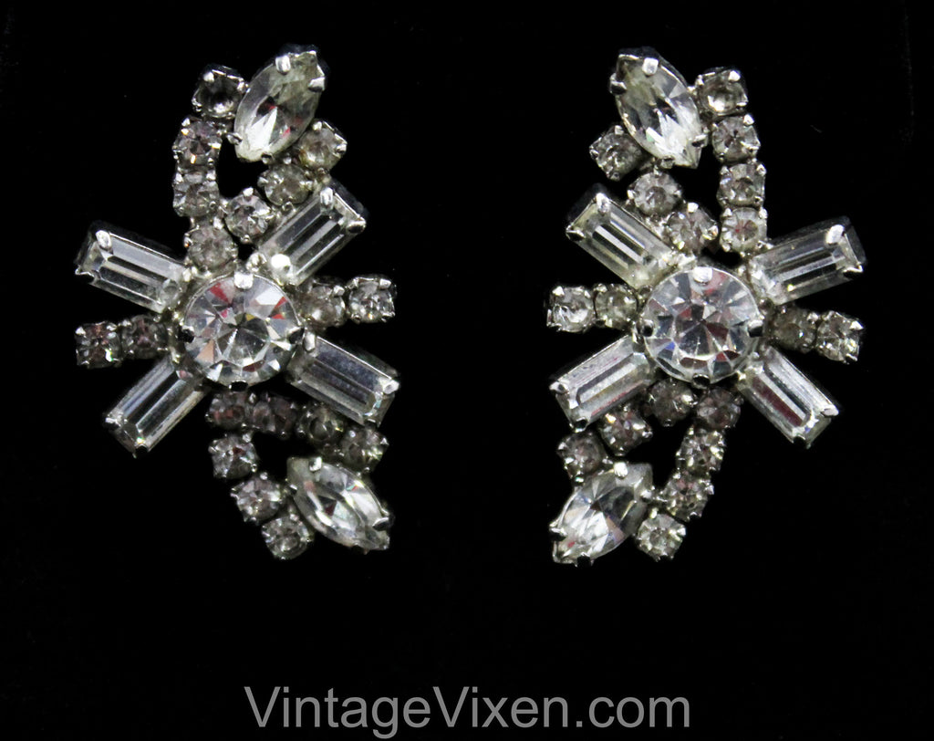 50s Bombshell Rhinestone Earrings - Starburst Glamour Silvertone Metal Clips - 1950s 1960s Evening Formal Jewelry - Hollywood Chic - 50500