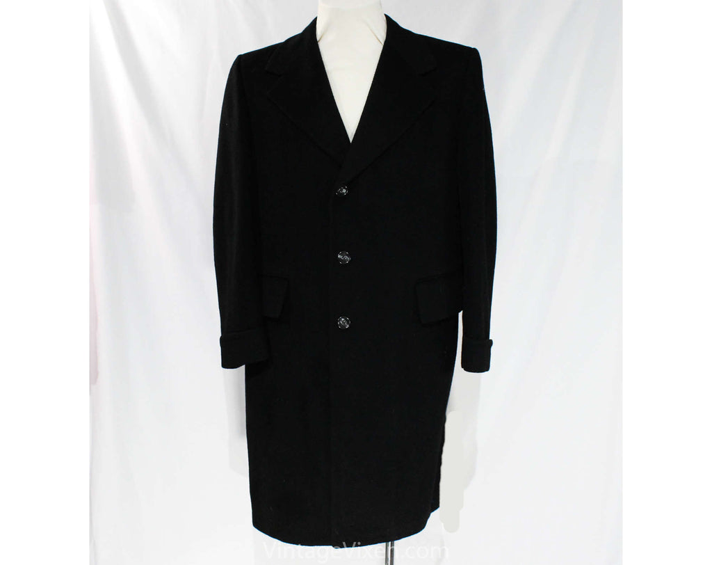 Men's Large Cashmere Coat - Handsome 1950s Black Mens Overcoat - 50s Classic Tailored Winter Outerwear - Sharkskin Style Lining - Chest 46