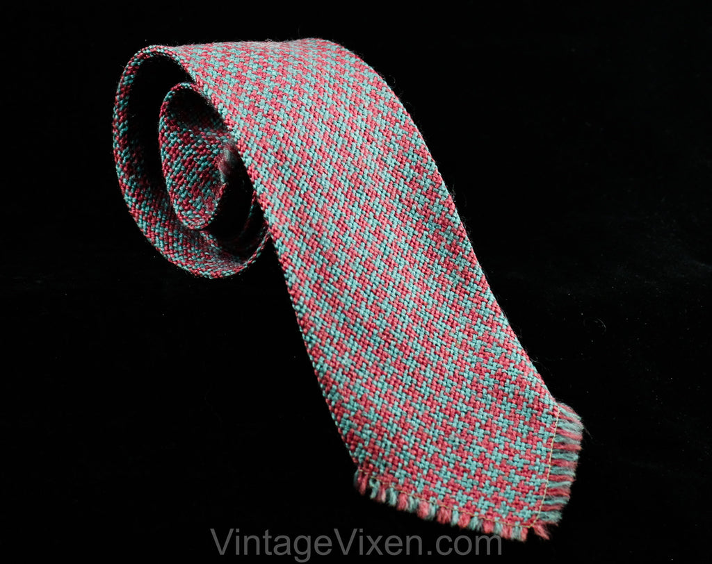 1940s 50s Houndstooth Tie - Plum & Blue Artisan HandWoven Wool by Apache Cravat - 30s 40s 1950s Mens Necktie Fringe End - Handsome Swing Era