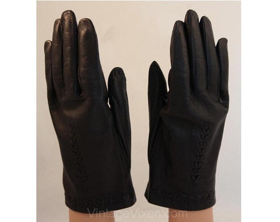 Black Leather Gloves with Herringbone Stitchery - Beautiful 50s Ladies Pair 1950s Gloves - Excellent Condition - Classic 50's Accessories