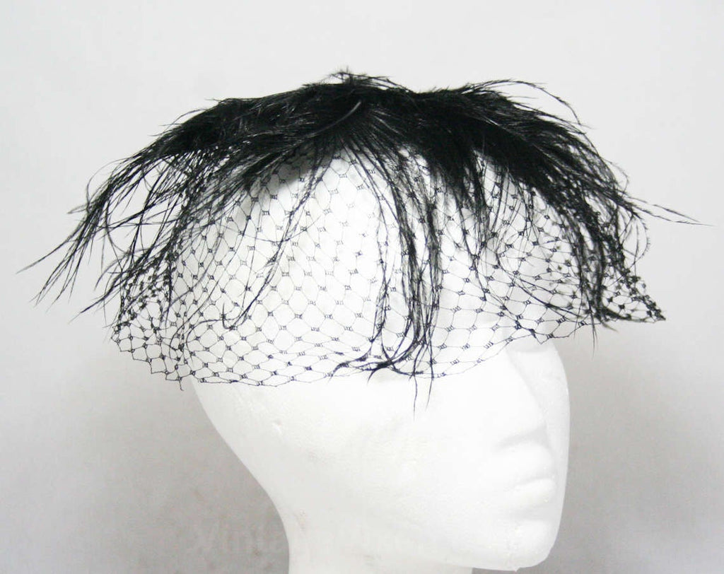 1950s Black Veiled Hat - 60s Sheer Net Cage Veil & Wispy Black Feathers - Glamorous 50's Millinery - Bouffant Marilyn Look Hairstyle Accent