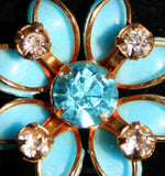 Femme Fille 1950s Blue Daisy Pin & Earrings - Summer Jewelry - Bright Turquoise with Goldtone Metal - 1950s Flowers Demi Parure - 32153-1