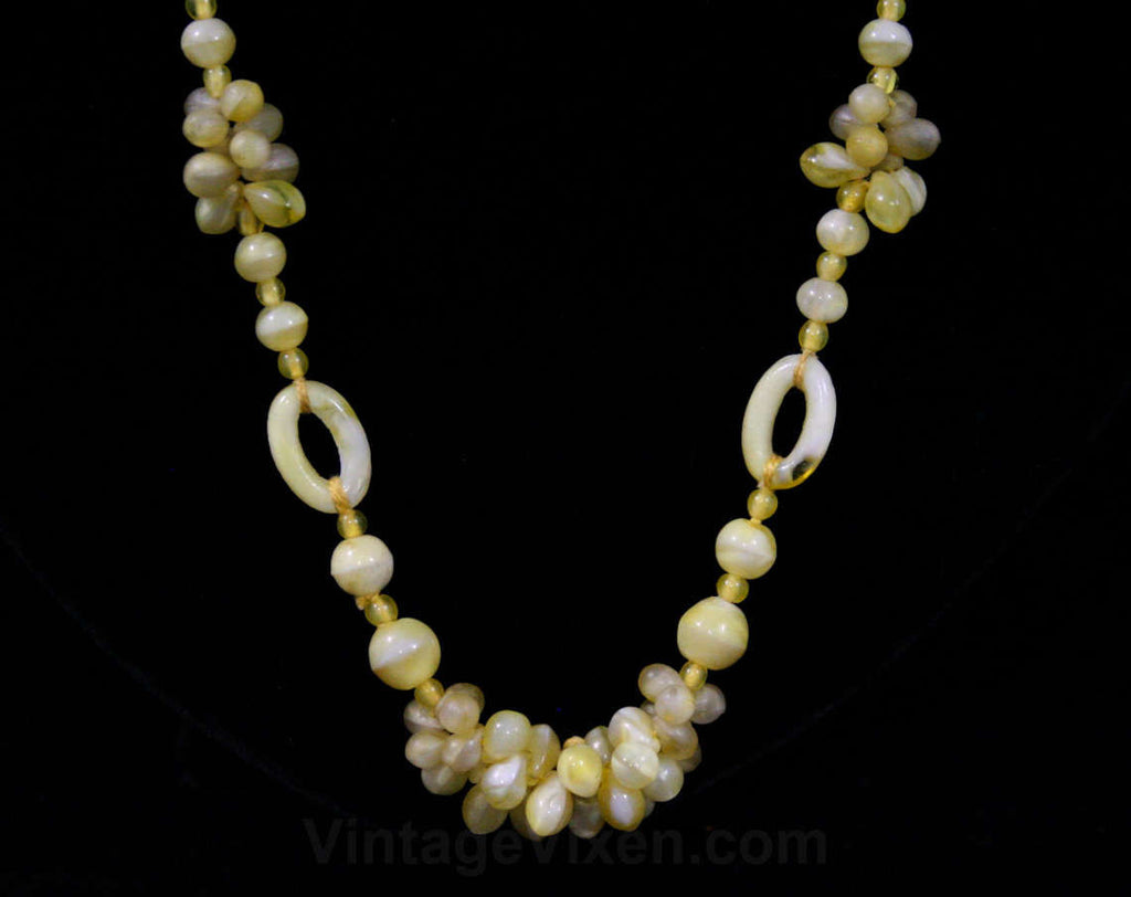 1930s Necklace - Pale Yellow Molded Glass Beads - Hand Strung - Probably 30s - May Be Later Era - Soft Hues - Spring - Summer - 42365