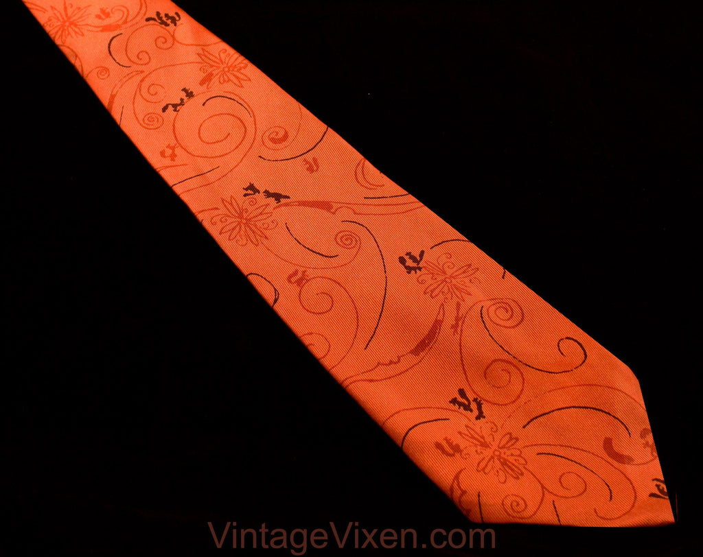 40s Mens Tie - Burnt Orange Squirrels Novelty Print 1940s Silk Necktie - Frolicking Forest Animals - Autumn WWII Swing Era Wide Men's Cravat