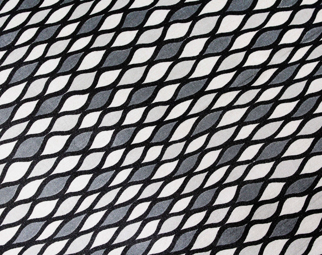 50s Gray & Black Rayon Fabric - 5 Yards x 40 Inches - Harlequin Diamond Mid Century Print - Summer Weight 1950s Dress or Lining Yardage