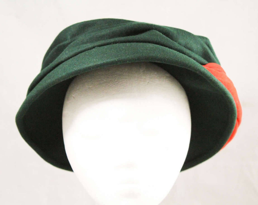 1940s Hat by Lilly Dache - Late 40s New Look Forest Green Felt Saucer with Coral Orange Knit Turban Style Trim - Paris New York Label
