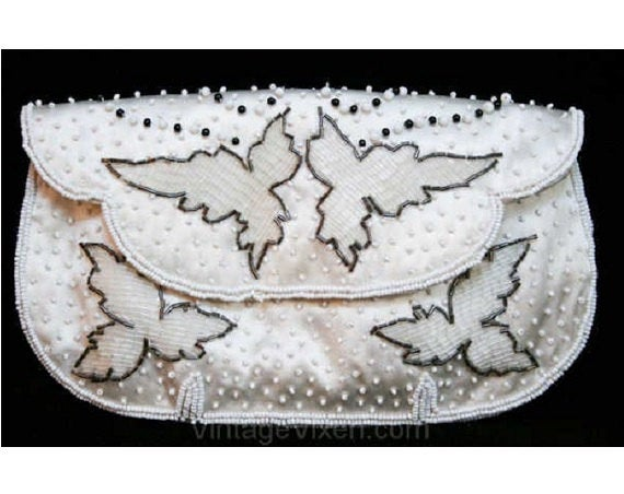 Pretty 1950s Evening Handbag - White & Black Beaded Satin Bag - Formal 50s Purse - Made in Japan - Fine Condition - Leaf Pattern - 38922